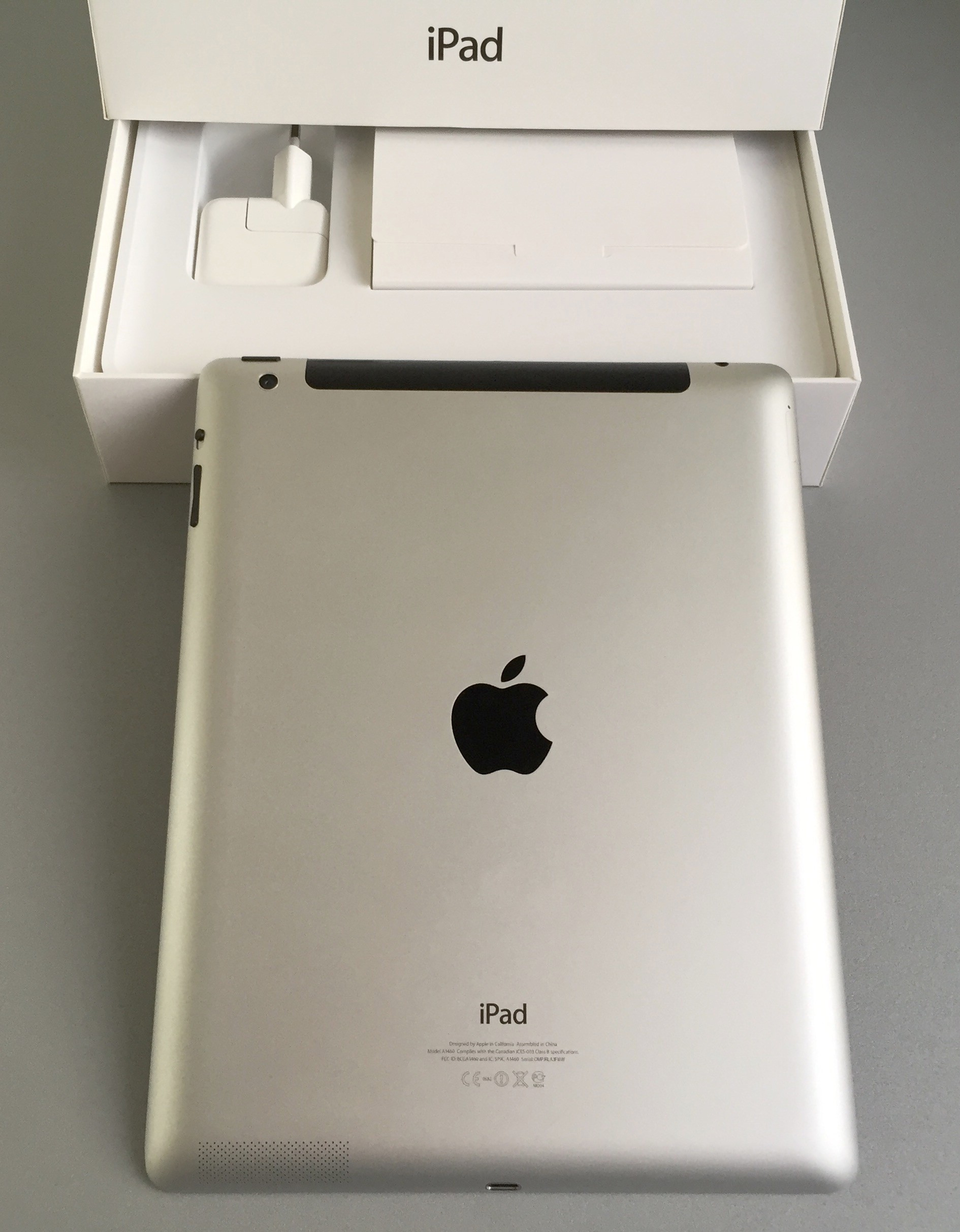 Apple iPad 4 32Gb Wi-Fi + Cellular. - 0