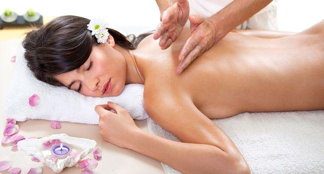 массаж делает девушка девушке фото